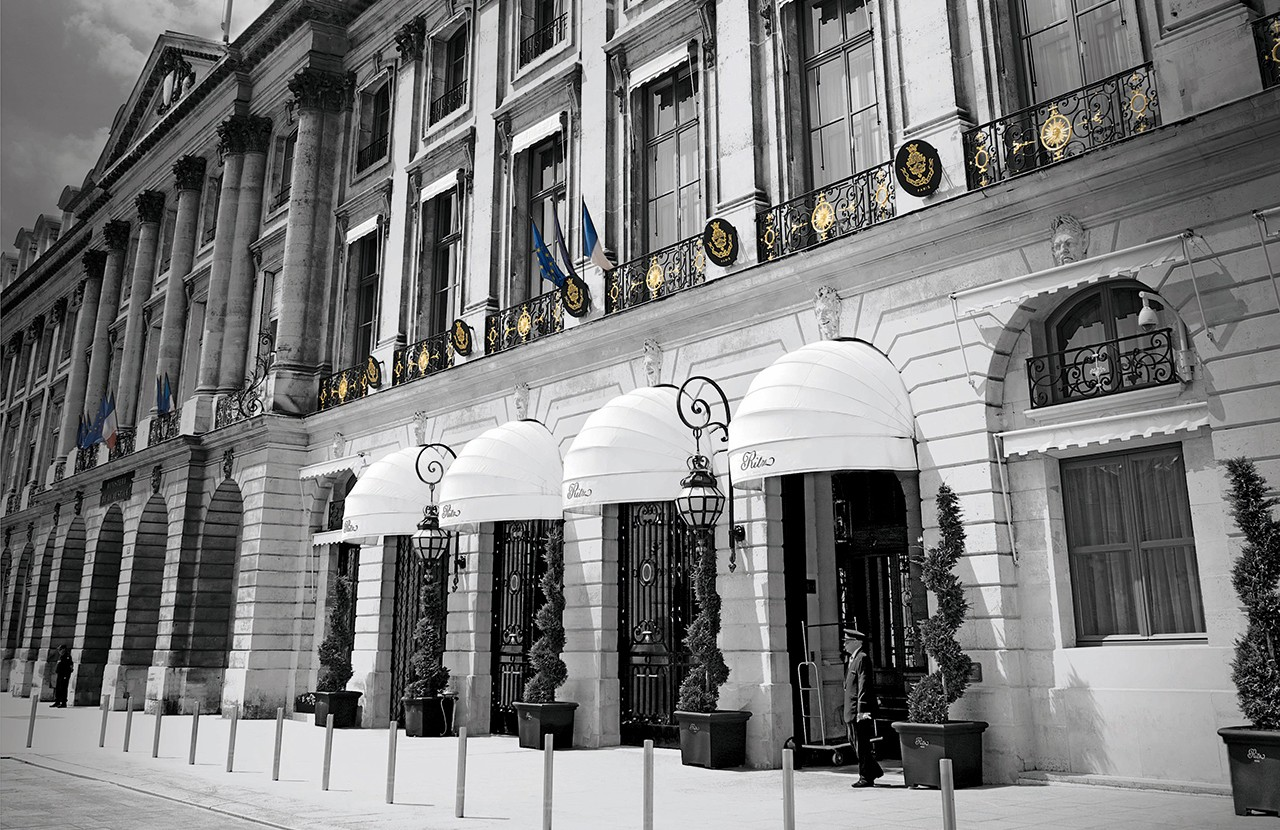 TTE31_WN_RITZ-PARIS-Fa_Bade-Ritz-by-Grant-Simon
