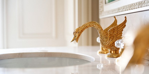 TTE31_WN_Ritz-Paris_Signature-bathroom-copy