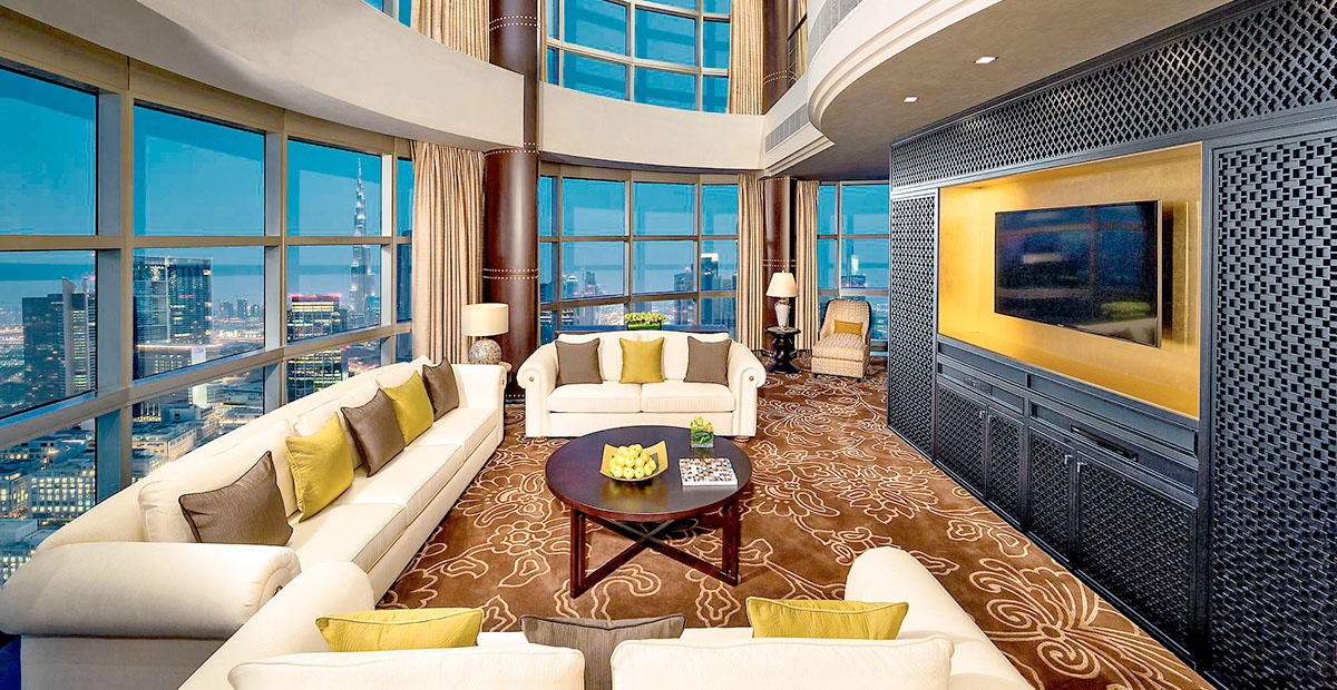 TTE32_DUB_Jumeirah_Emirates_Towers_-_Royal_Suite_-_Living_Area