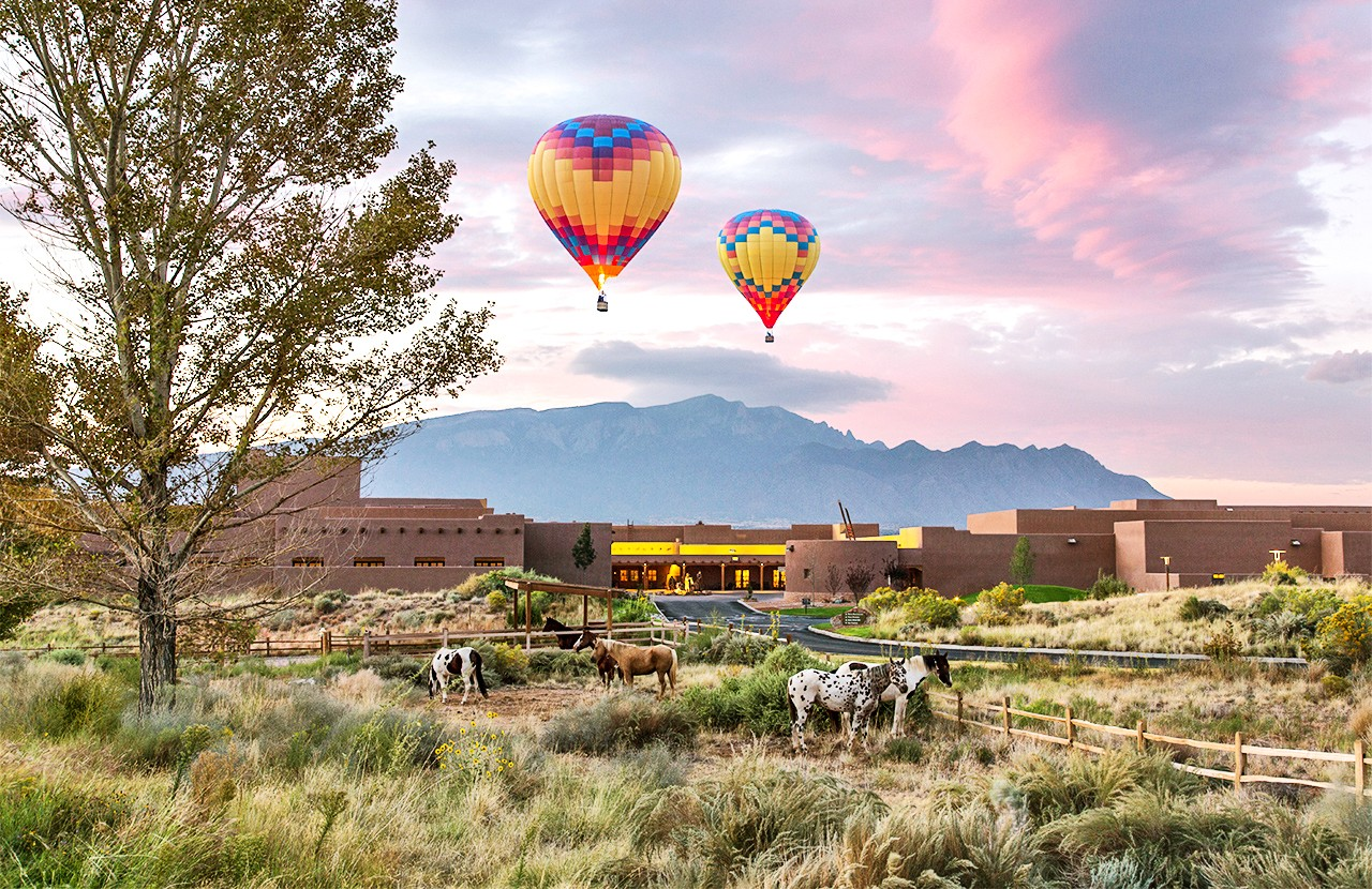 TTE33_HOTELS_TAMAY_P255_Signature_Hot_Air_Balloons_57169