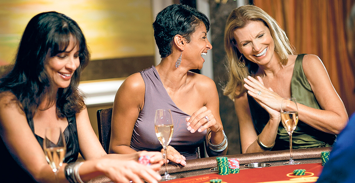 ncl_Epic_Casino_Blackjack_women_3