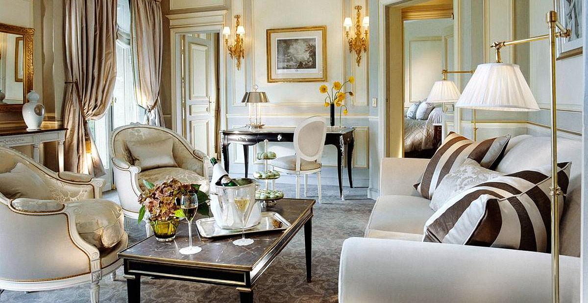 TTMoJUL_HOTELS_Le-Meurice44_501_Deluxe-Suite_Living-room-HD
