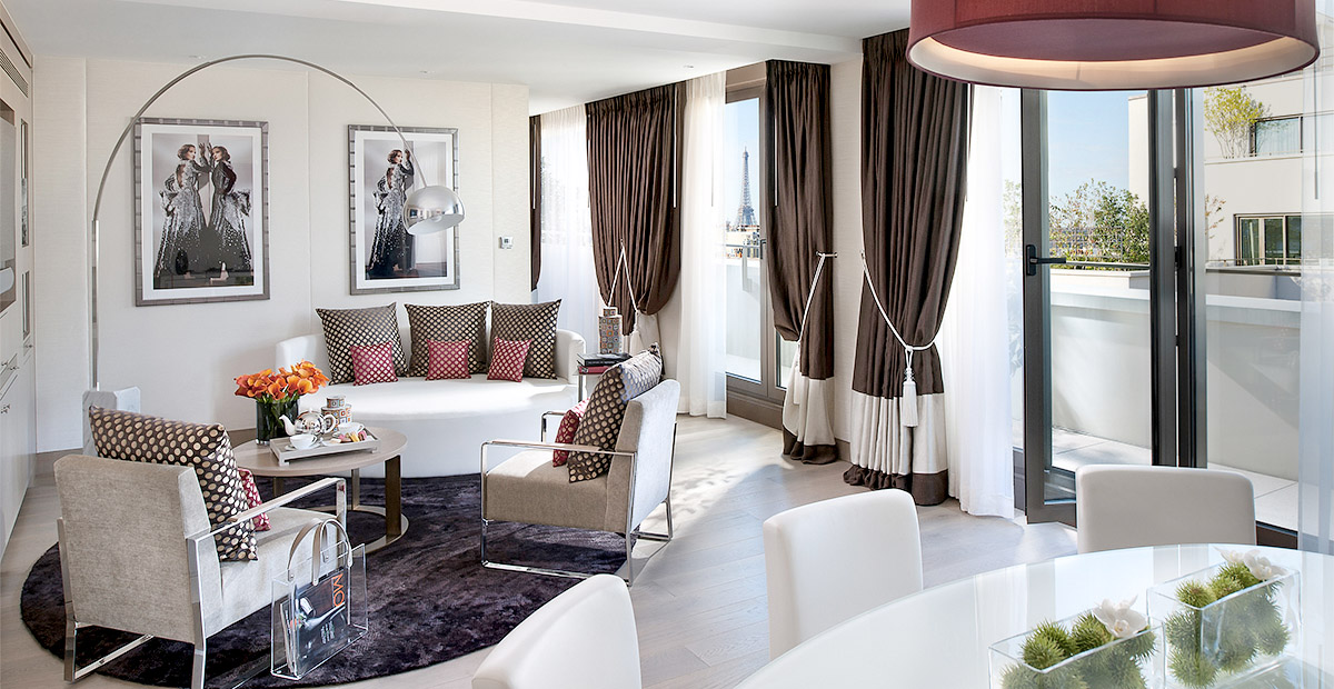 TTMoJUL_HOTELS_paris-suite-premier-atelier-suite-living-room