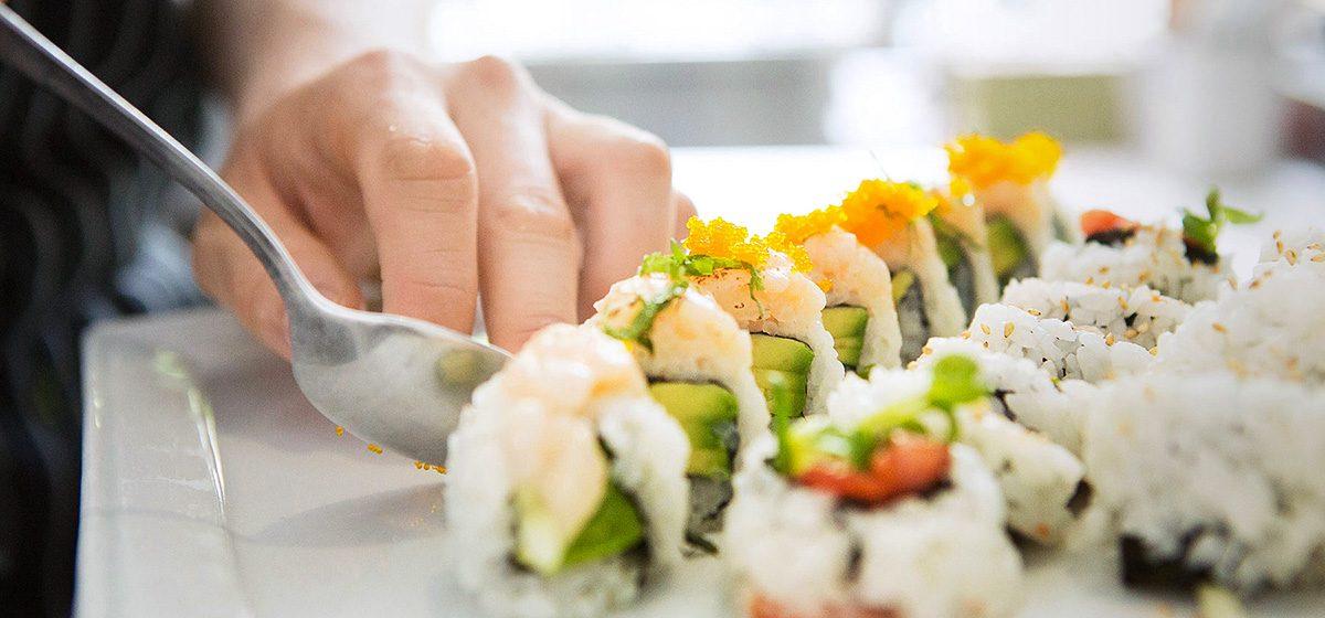 25513_VAN_RawBar Sushi Plating