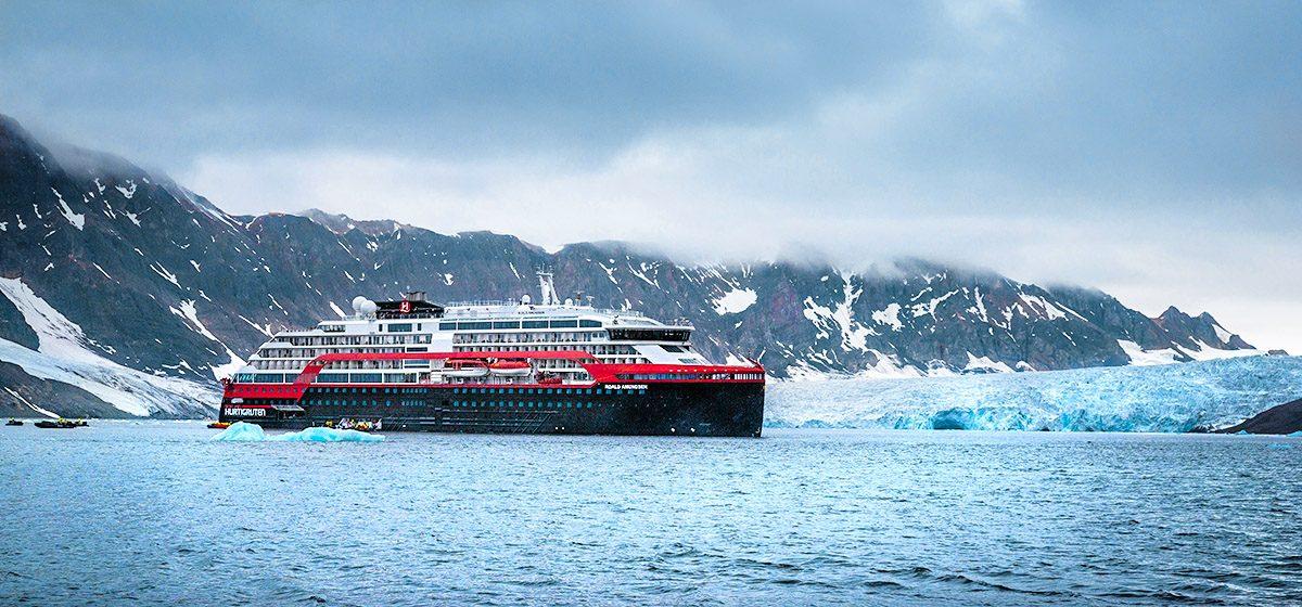 27178_SUST_MS-Roald-Amundsen-Burgerbukta-Svalbard--HGR-138143- Foto_Oscar_Farrera